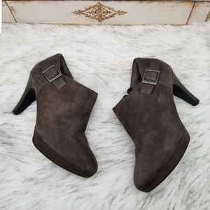 Clarks Collection soft cushion suede ankle boots